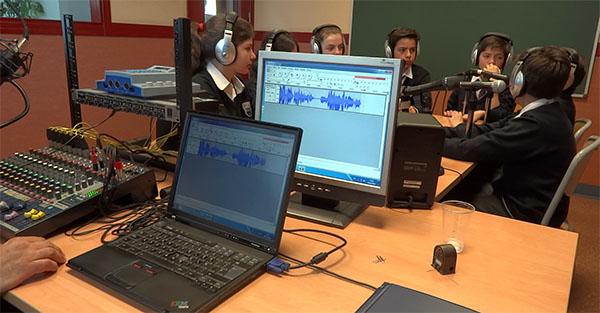 #DiaMundialdelaRadio: 8 razones para dedicar a la radio tiempo en el aula