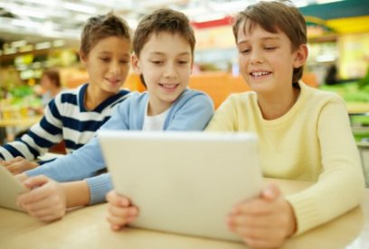 Flipped classroom: 3 practical examples of how to turn your lessons on their head