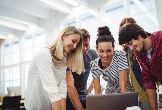 Aprender haciendo: Teamlabs y el Aprendizaje Basado en Proyectos