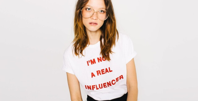 "Camiseta ""I'm a not a Real Influencer'"