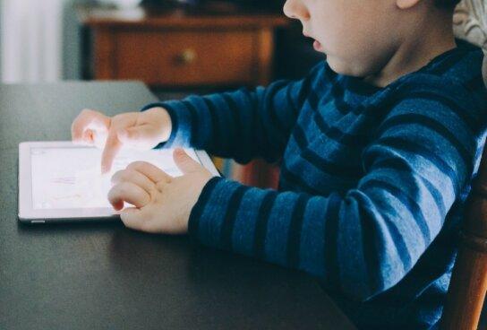 ¿Cómo desinfectar los dispositivos móviles?