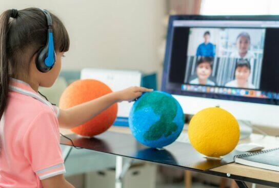 15 frases sobre implementación digital en las aulas de Jorge Camacho