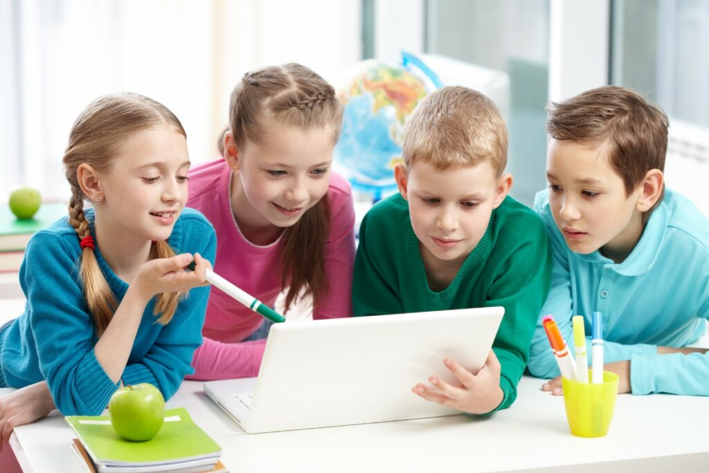 6 habilidades blandas que los estudiantes necesitan y cómo enseñarlas_Realinfluencers