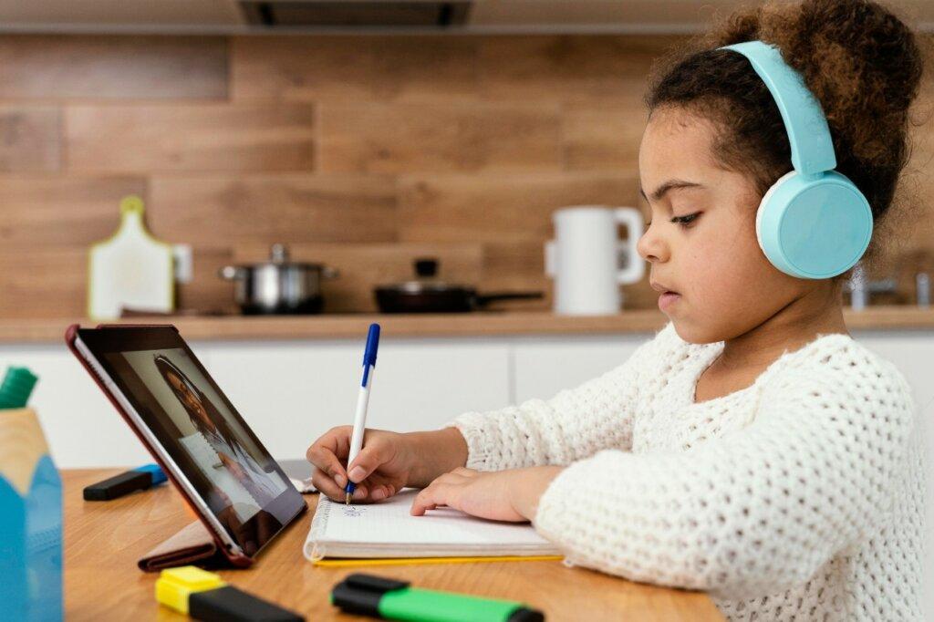VI Estudio sobre el uso de la tecnología en la educación_BlinkLearning